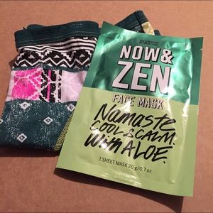 NWT Victoria's Secret Panties and Face mask